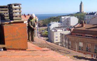 Reparación tejado urbanización as lagoas 2. paseo alcalde francisco vazquez. a coruña